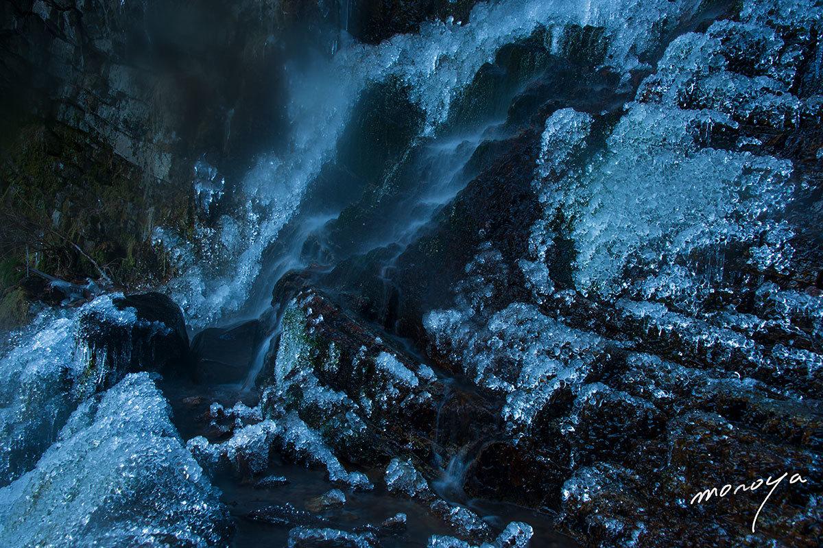 厳冬の滝_c0085877_06070615.jpg