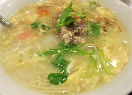 テールスープと飯_a0258686_09153409.jpg