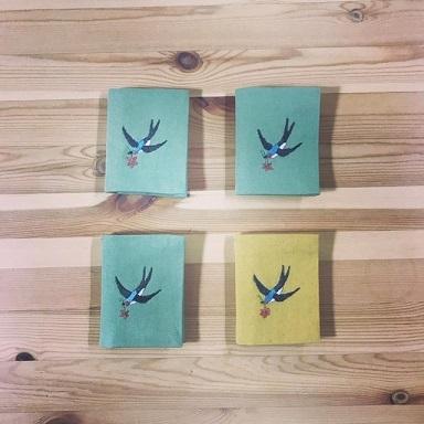 「uzumさんの刺繍教室vo.3」ニードルブックの会を開催しました・・・♪_f0168730_08440457.jpg