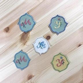 「uzumさんの刺繍教室vo.3」ニードルブックの会を開催しました・・・♪_f0168730_08545393.jpg