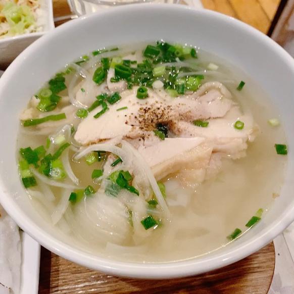 「ジャスミンパレス 横浜店」ベトナム料理の定食屋さんって感じで良いですね。_f0054556_11073569.jpg