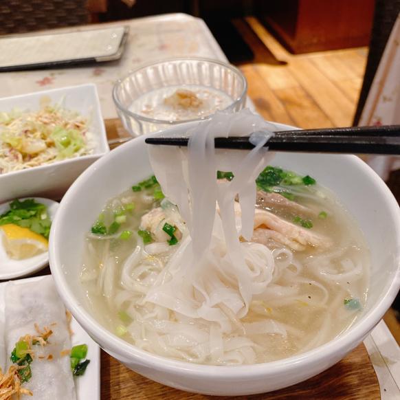 「ジャスミンパレス 横浜店」ベトナム料理の定食屋さんって感じで良いですね。_f0054556_11073733.jpg