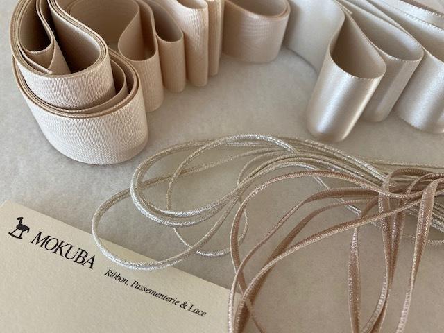 Ribbons for wedding   色と太さに拘って_a0165160_16023196.jpg