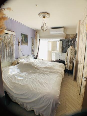 寝室インテリア。_e0237680_10342469.jpeg
