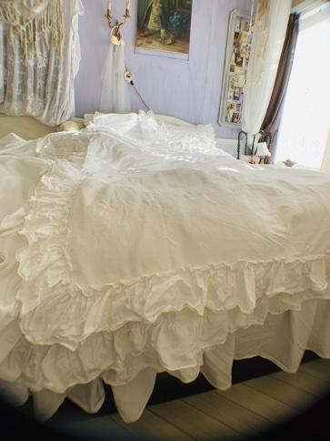 寝室インテリア。_e0237680_10343734.jpeg