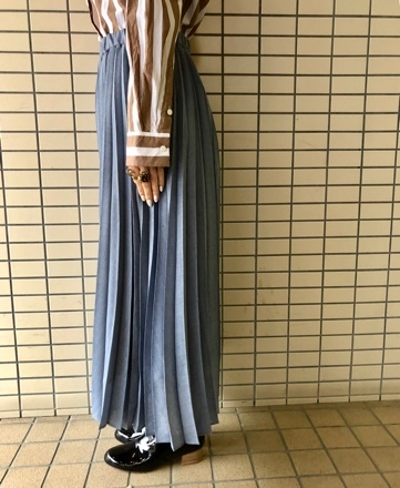 yuni◇麻調ボイルプリーツスカート◇_d0127394_15485069.jpg