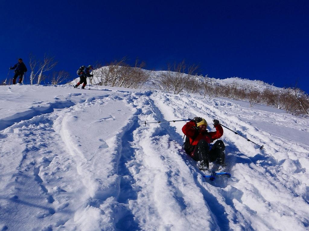 雪から晴天に変わった漁岳、2020.1.19ー速報版ー_f0138096_20485753.jpg