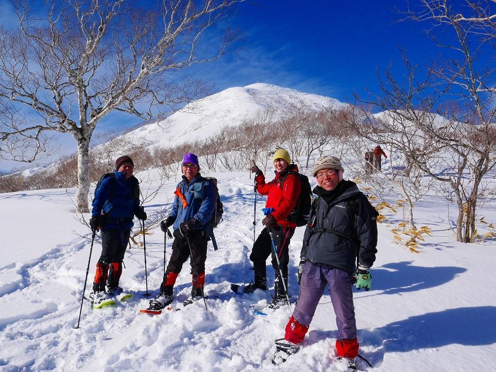 雪から晴天に変わった漁岳、2020.1.19ー速報版ー_f0138096_20490466.jpg