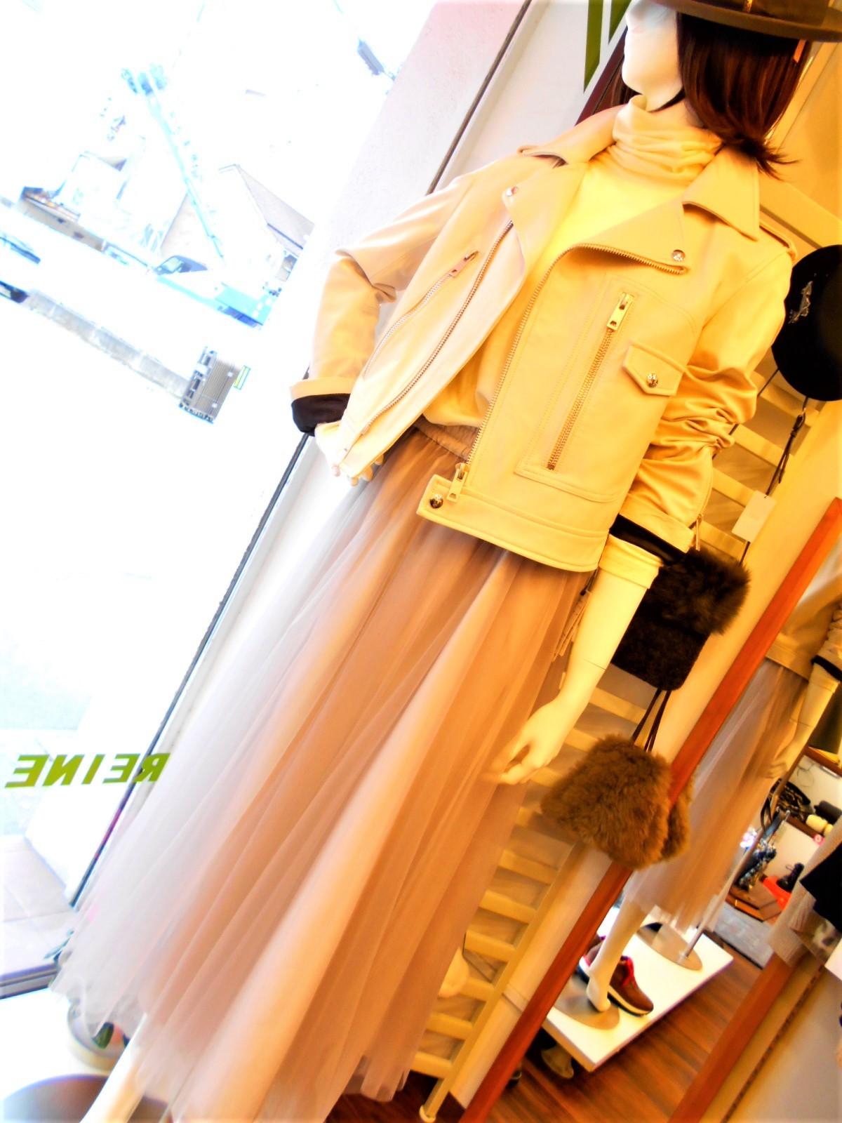 チュールのスカートあがってきました・・☆_c0113499_15195958.jpg
