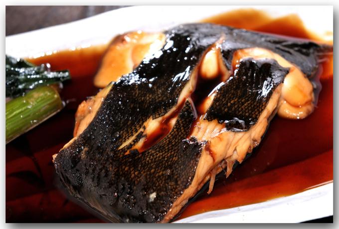 メシ通『魚介を使った簡単レシピ 』☆ カレイを簡単!美味しく煮付けます!_d0069838_13460342.jpg
