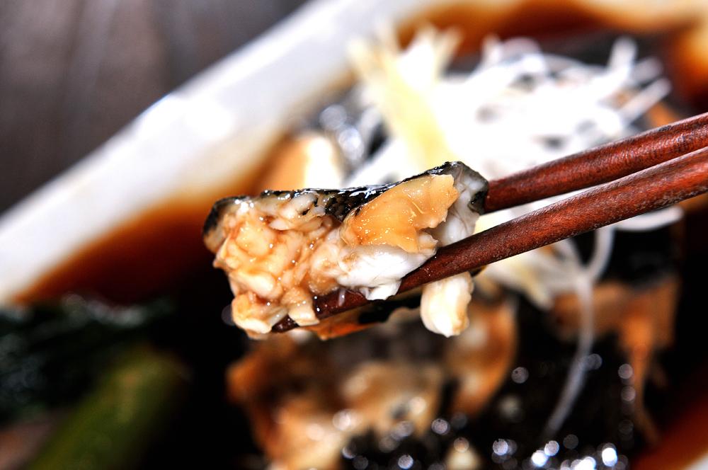 メシ通『魚介を使った簡単レシピ 』☆ カレイを簡単!美味しく煮付けます!_d0069838_13461246.jpg