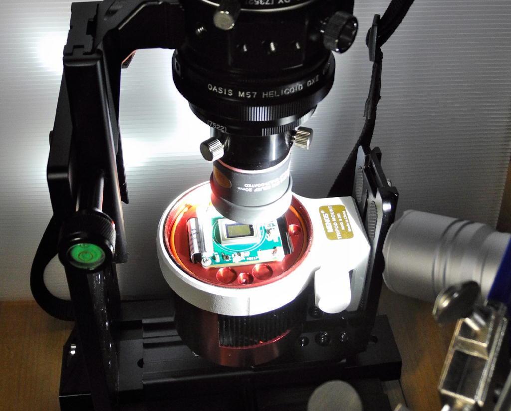 自作顕微鏡で冷却CMOSカメラのベイヤー構造を観察する_f0346040_05175161.jpg