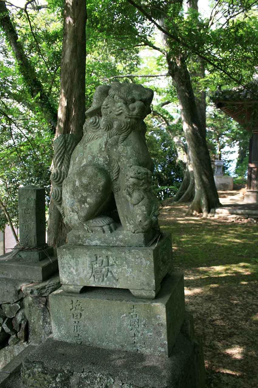 美馬市穴吹町「十二所神社」♪_d0058941_20210159.jpg