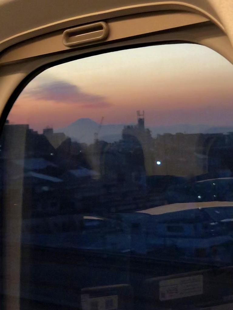 東海道新幹線 品川 ▶ 新大阪_a0384046_23360707.jpg