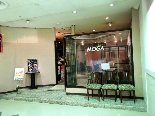 MOGA_e0292546_19595635.jpg