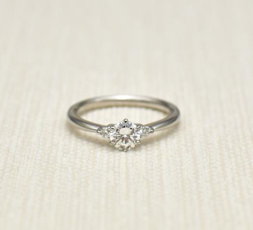 婚約指輪へのリフォーム_c0346851_12495376.jpg