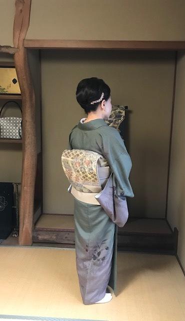 高屋三佐江さんとお仲間・結城に汕頭・作家さん着物と帯。_f0181251_18141268.jpg