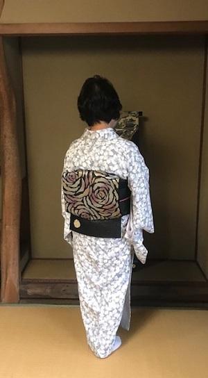 高屋三佐江さんとお仲間・結城に汕頭・作家さん着物と帯。_f0181251_18193853.jpg