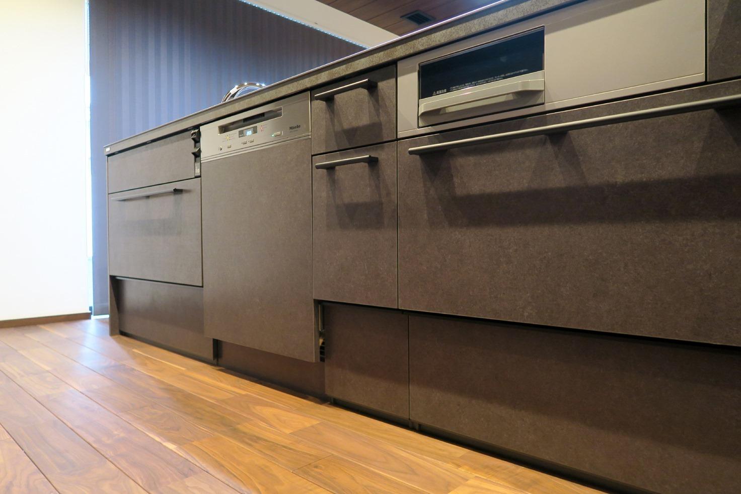 憧れブランド・ミーレ食器洗い機。★リクシル取付事例_c0156359_16513098.jpg
