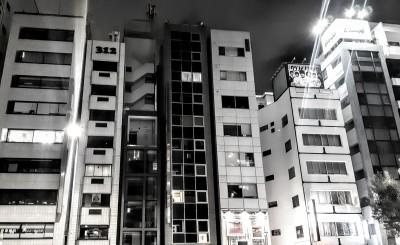 Tokyo cell phone buildings_d0244370_01325092.jpg