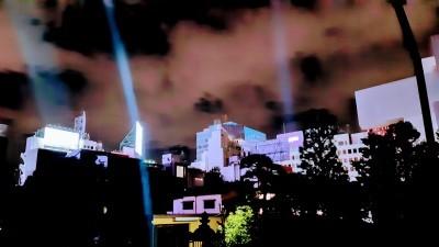 Tokyo cell phone buildings_d0244370_01333576.jpg