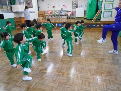 もも組 体操教室_c0212598_16564952.jpg
