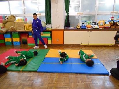もも組 体操教室_c0212598_16571685.jpg
