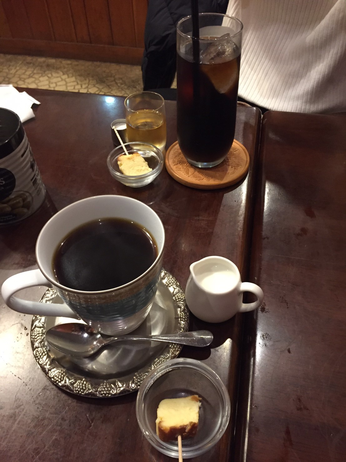 喫茶 1er ぷるみえ (たっぷりキャベツのお好み焼き仕立て)_e0115904_13574364.jpg