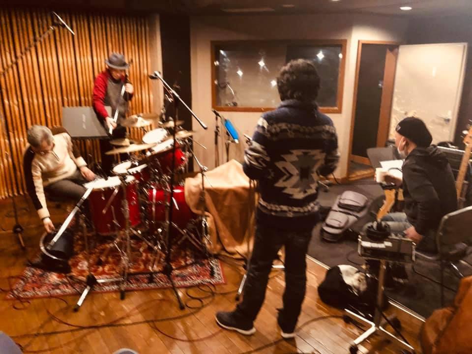 このスタジオは!!_a0088007_05002558.jpg