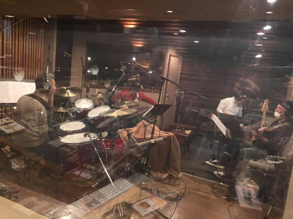 このスタジオは!!_a0088007_05002939.jpg