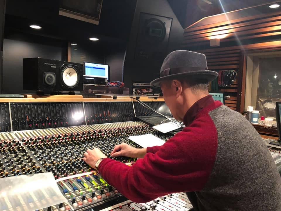 このスタジオは!!_a0088007_05004990.jpg