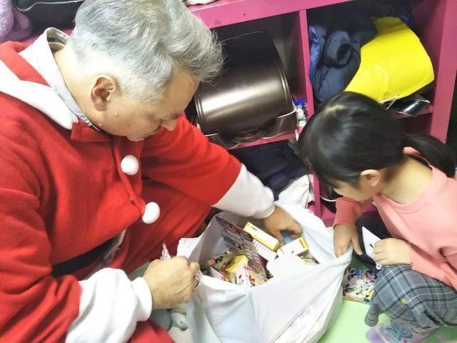 12月25日 Christmas party_c0315908_11510030.jpg