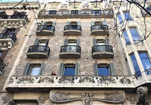 Eixample地区の散歩とレストラン La Tartareria_b0064411_19210649.jpg
