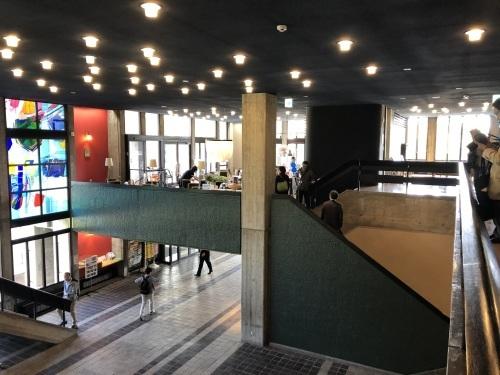 前川國男 近代建築を巡る その2  弘前市民会館 1964年_e0028417_22290233.jpg