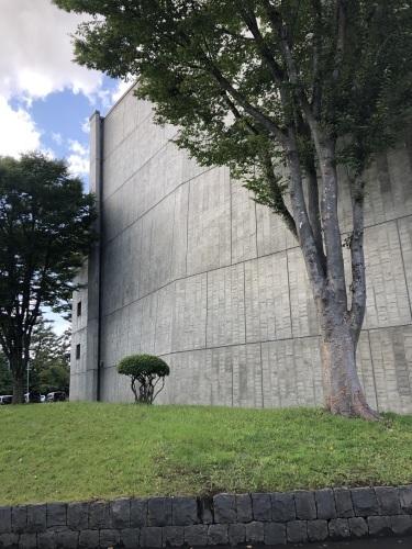 前川國男 近代建築を巡る その2  弘前市民会館 1964年_e0028417_22385313.jpg