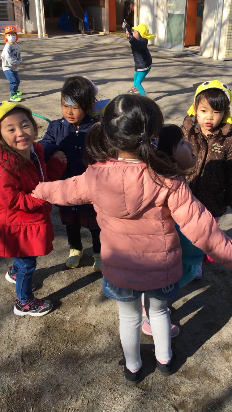 大好きなのは外遊び!【 年少さん】_e0412431_23025693.jpg