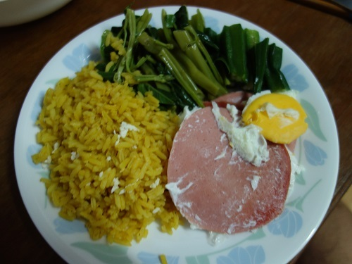 初めての食もある、バンコクアパートの朝ご飯紹介します_c0030645_18364825.jpg