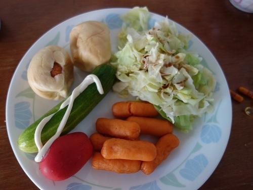初めての食もある、バンコクアパートの朝ご飯紹介します_c0030645_18370466.jpg