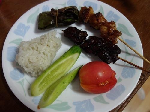初めての食もある、バンコクアパートの朝ご飯紹介します_c0030645_18463236.jpg