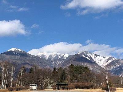 雪の残る遊歩道_f0019247_1338535.jpg