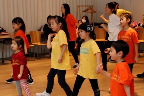 ~十和田市の魅力を世界に発信!~オリジナルダンス「We Love Towa Dance」を披露_f0237658_17352564.jpg