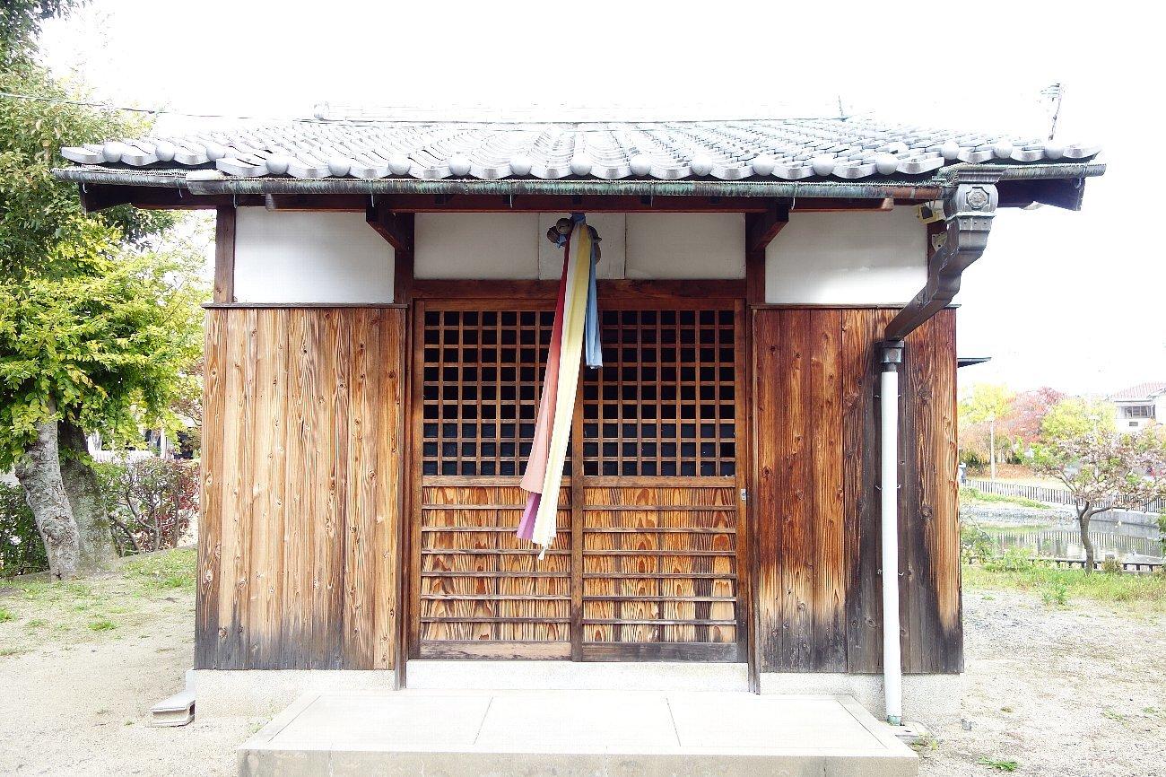 高槻市 小寺池の八幡神社_c0112559_08492467.jpg