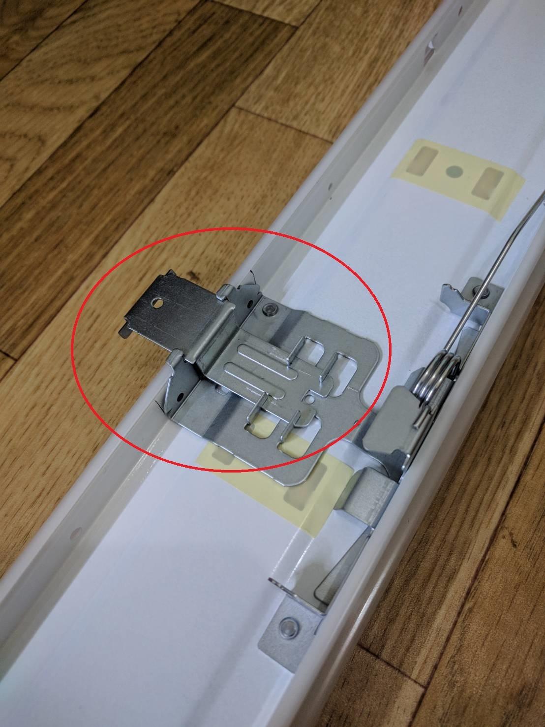 天井用のLED照明ってジメジメ系で使えるの?_a0067578_13232389.jpg