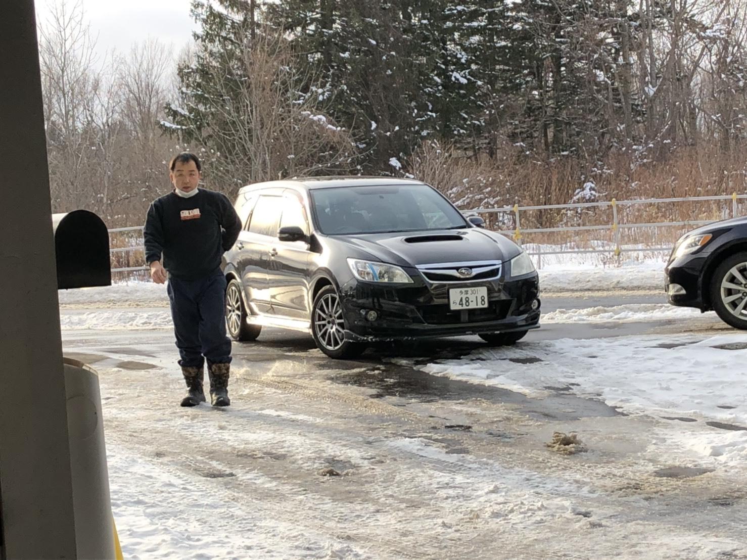 1月22日(水)本店ブログ♪ H28アルファード2.5S 4WD WALD22AW入庫致しました! ランクル ハマー エスカレード TOMMY_b0127002_18521399.jpg