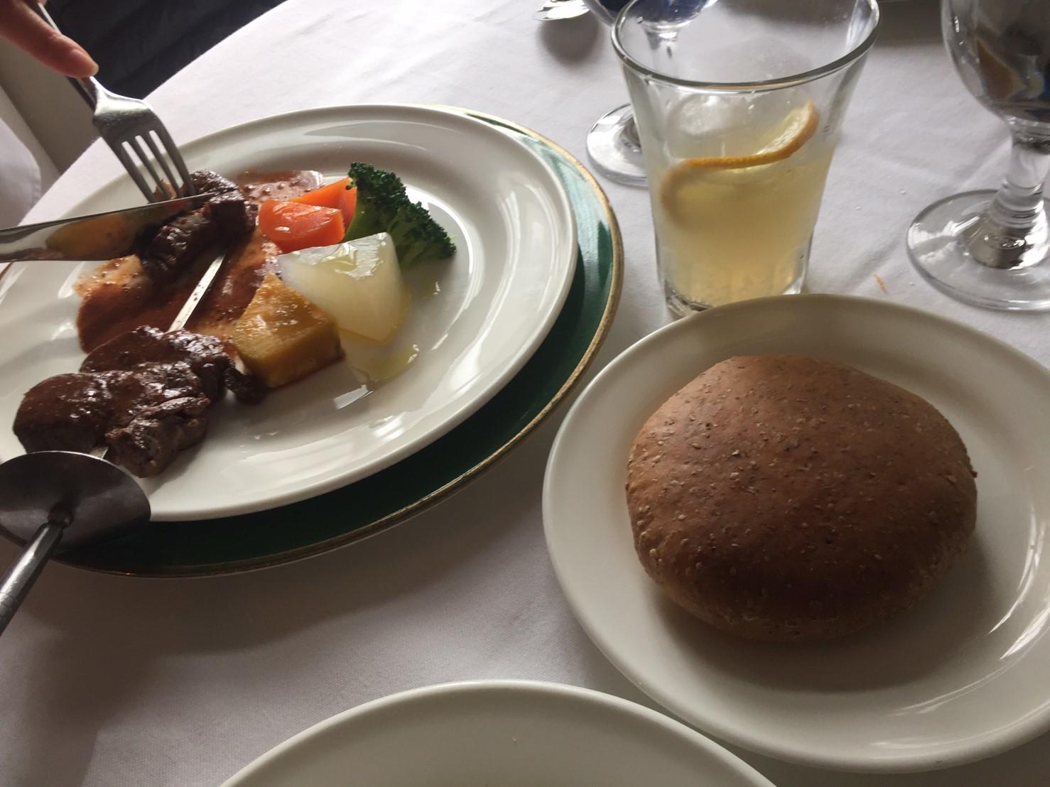 イタリア食堂 びーどろ亭  ランチ_e0115904_02312621.jpg