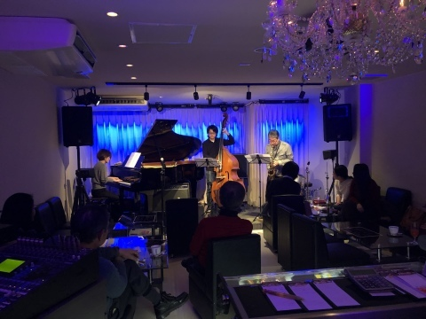ジャズライブカミン  Jazzlive Comin 広島 本日22日のライブ_b0115606_12221328.jpeg