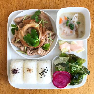 豚肉と車麩の炒め煮_b0102217_17243633.jpg