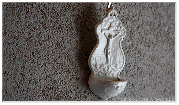 benitier クレイユ・エ・モントローのベニティエ 聖水盤 Creil et Montereau フランスアンティーク_d0184921_14471885.jpg