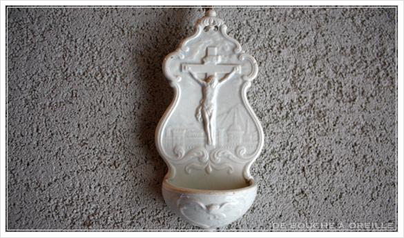 benitier クレイユ・エ・モントローのベニティエ 聖水盤 Creil et Montereau フランスアンティーク_d0184921_14505704.jpg