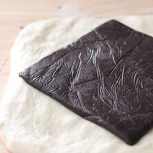 おいしいチョコを使うと、パンもやっぱりおいしいのです_a0165538_09364722.jpg